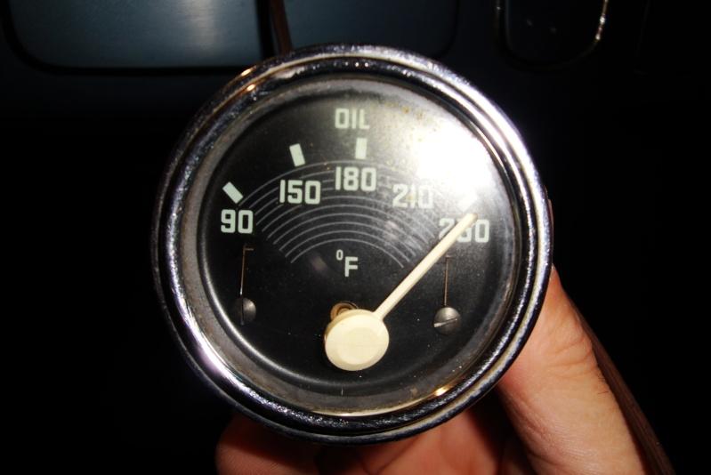 manomètre de t° d'huile Dsc03012