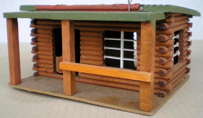 Wildwest-Gebäude aus Holz für Figuren von 54 bis 70 mm Elasto18