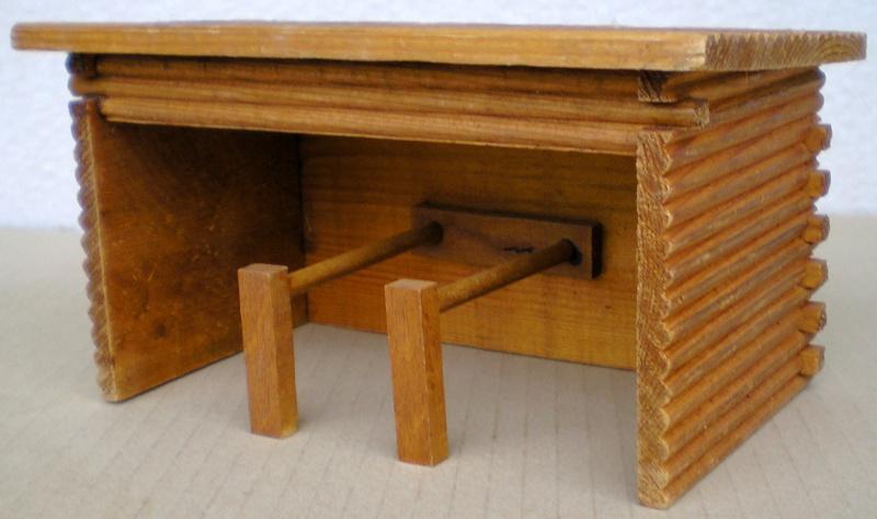 Wildwest-Gebäude aus Holz für Figuren von 54 bis 70 mm Shg_sl10