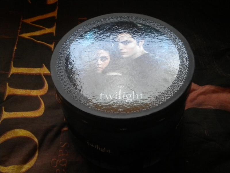 [Saga Twilight] Votre collection en photos - Page 15 Dscn2811