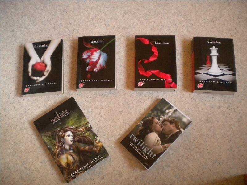[Saga Twilight] Votre collection en photos - Page 15 Dscn2818