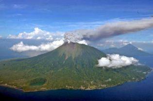 Actividad volcánica 2012 - Página 2 20120910
