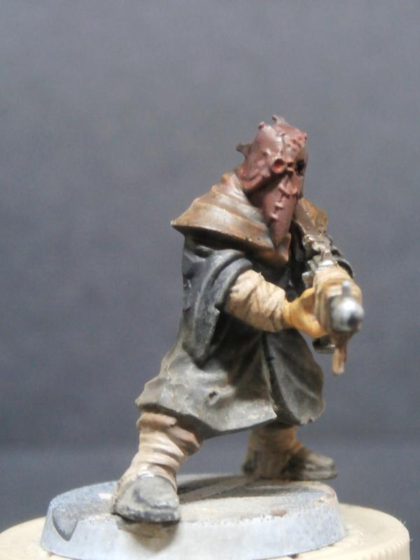 Cultistes du chaos - figurine Warhammer (FINI) P1110012