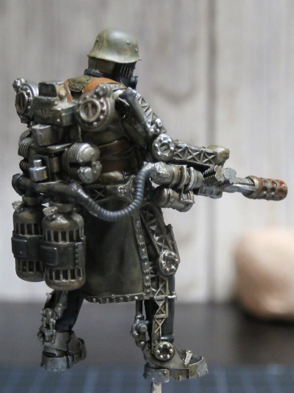 "F.I.A ""Drache"" figurine Maim 1/35 + Kubelwagen Revell 1/35 (FINI) P1140012"