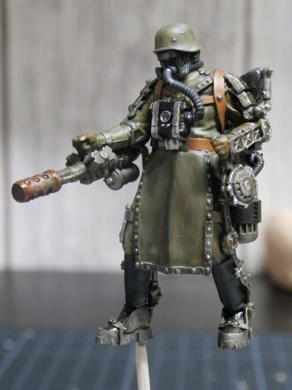 "F.I.A ""Drache"" figurine Maim 1/35 + Kubelwagen Revell 1/35 (FINI) P1140013"