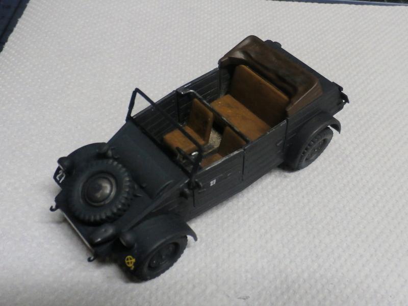 "F.I.A ""Drache"" figurine Maim 1/35 + Kubelwagen Revell 1/35 (FINI) P1160010"
