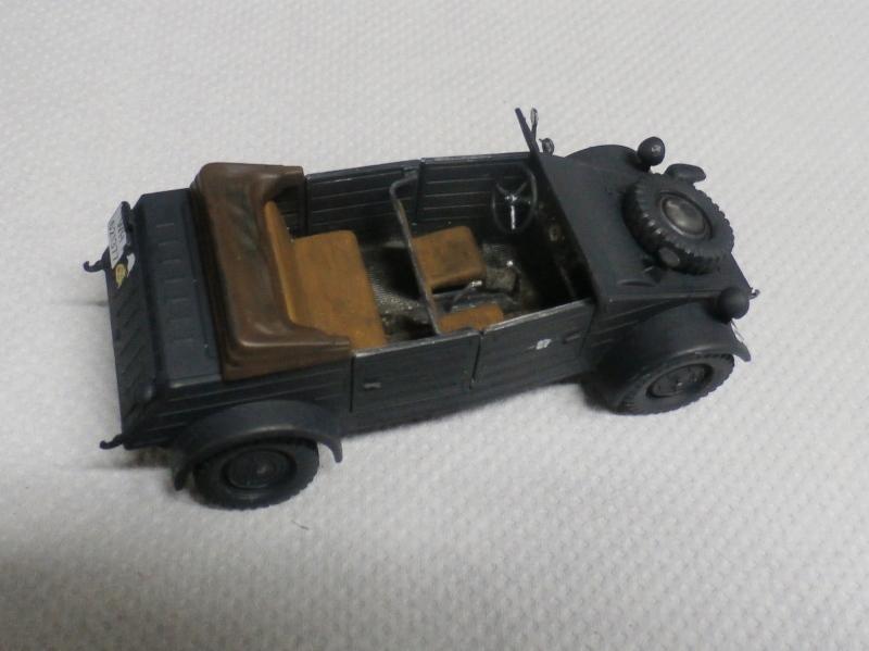 "F.I.A ""Drache"" figurine Maim 1/35 + Kubelwagen Revell 1/35 (FINI) P1160011"