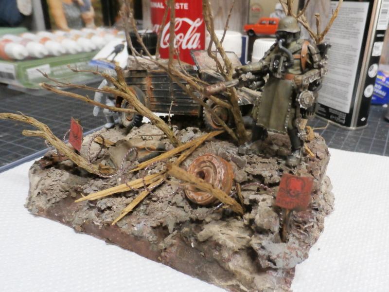 "F.I.A ""Drache"" figurine Maim 1/35 + Kubelwagen Revell 1/35 (FINI) - Page 2 P1180016"