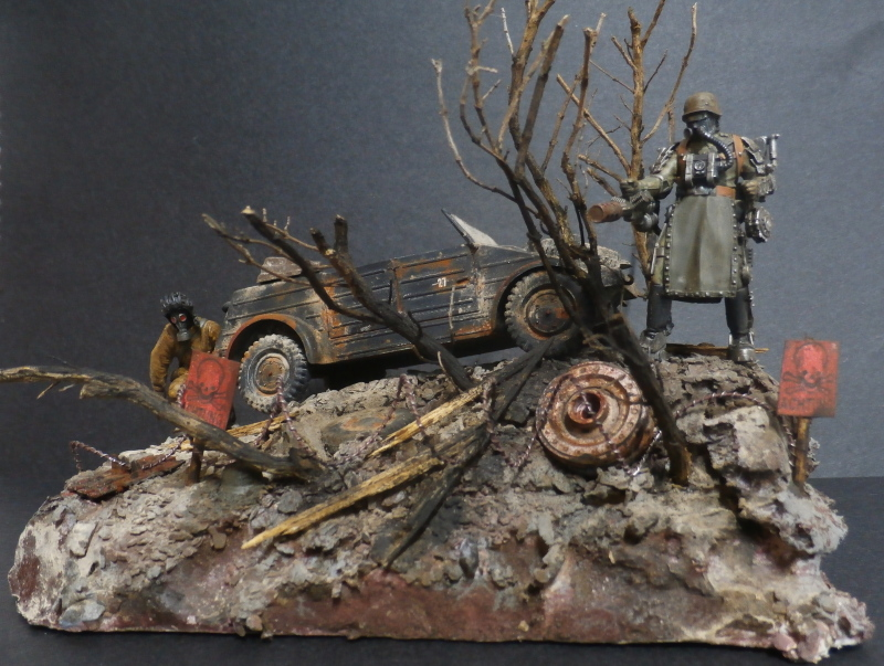 "F.I.A ""Drache"" figurine Maim 1/35 + Kubelwagen Revell 1/35 (FINI) - Page 2 P1200012"
