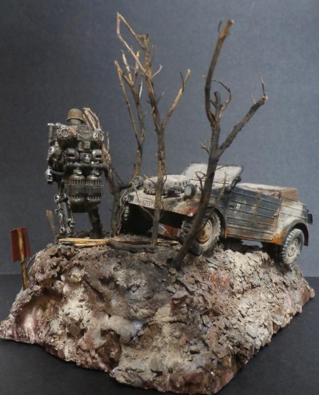 "F.I.A ""Drache"" figurine Maim 1/35 + Kubelwagen Revell 1/35 (FINI) - Page 2 P1200015"