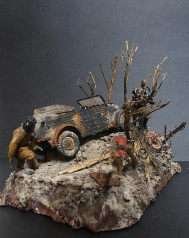 "F.I.A ""Drache"" figurine Maim 1/35 + Kubelwagen Revell 1/35 (FINI) - Page 2 P1200016"