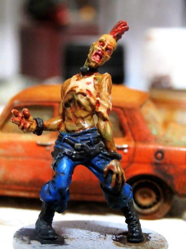 Zombicide 1 - figurine 30mm (FINI) P1270015