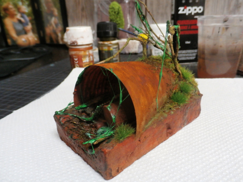L'abri - figurine zombicide (FINI) P2200010