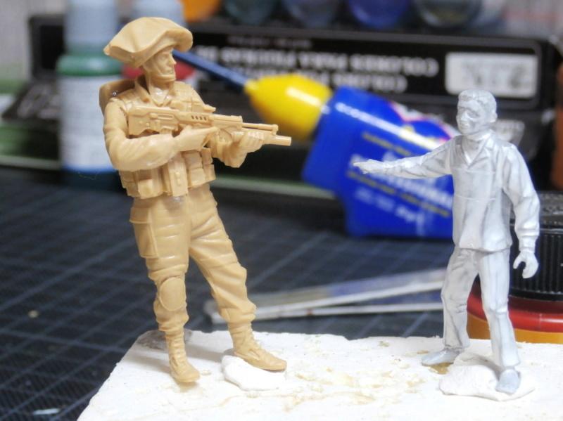Défi noir & blanc : Palestine - figurine Meng + figurine MB 1/35 *** Terminé en pg 1 P2260010