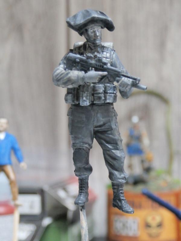 Défi noir & blanc : Palestine - figurine Meng + figurine MB 1/35 *** Terminé en pg 1 P2280010