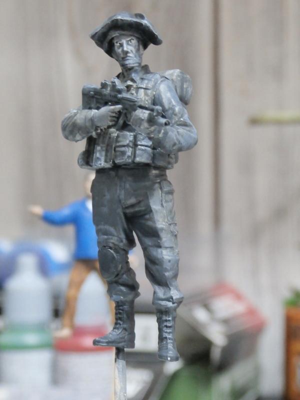 Défi noir & blanc : Palestine - figurine Meng + figurine MB 1/35 *** Terminé en pg 1 P2280012