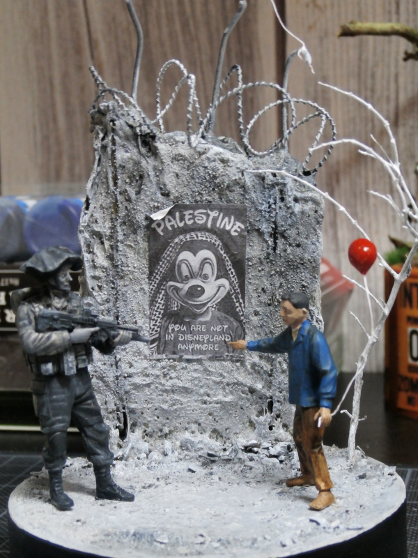Défi noir & blanc : Palestine - figurine Meng + figurine MB 1/35 *** Terminé en pg 1 P2280015