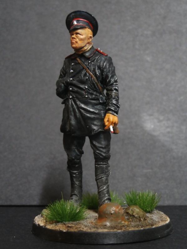 Pilote russe 14-18 figurine Kellekind Miniaturen 1/32 (FINI) - Page 2 P3060015