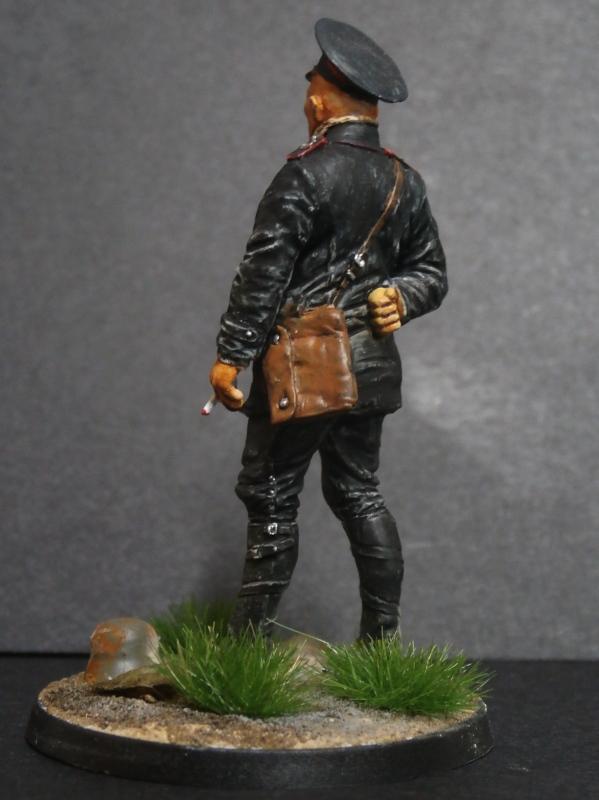 Pilote russe 14-18 figurine Kellekind Miniaturen 1/32 (FINI) - Page 2 P3060017