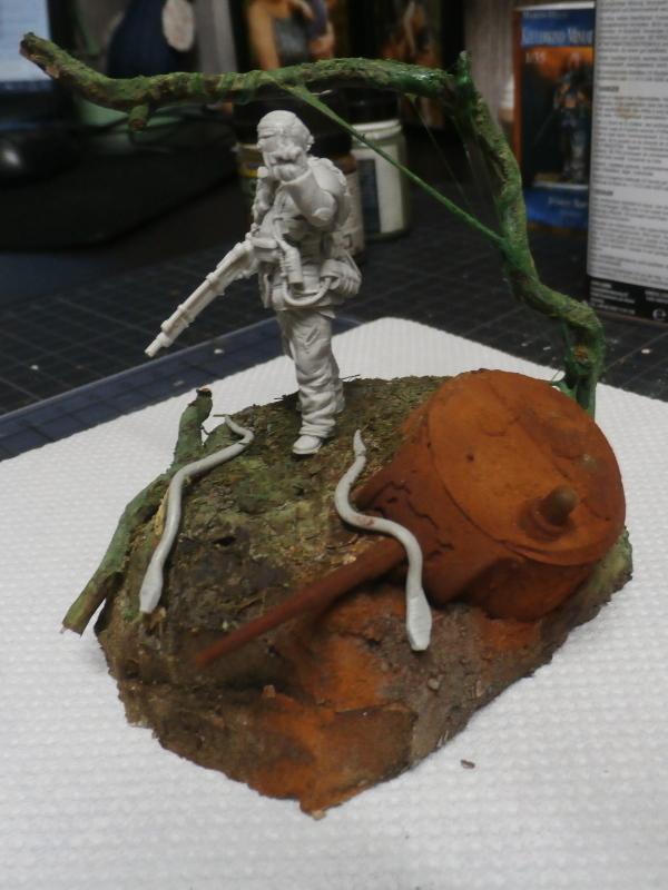 """""""Sniper"""" Figurine Kellerkind Miniaturen 1/35 (FINI) P3100011"""