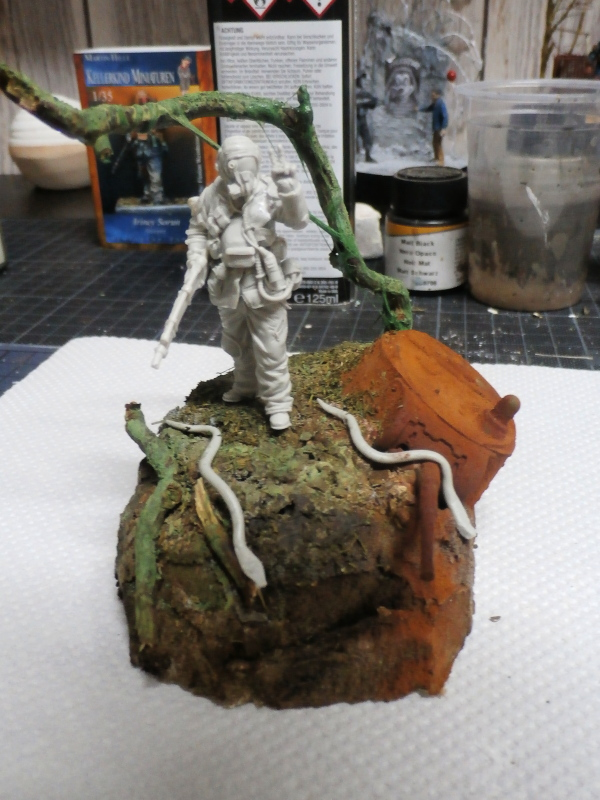 """""""Sniper"""" Figurine Kellerkind Miniaturen 1/35 (FINI) P3100012"""