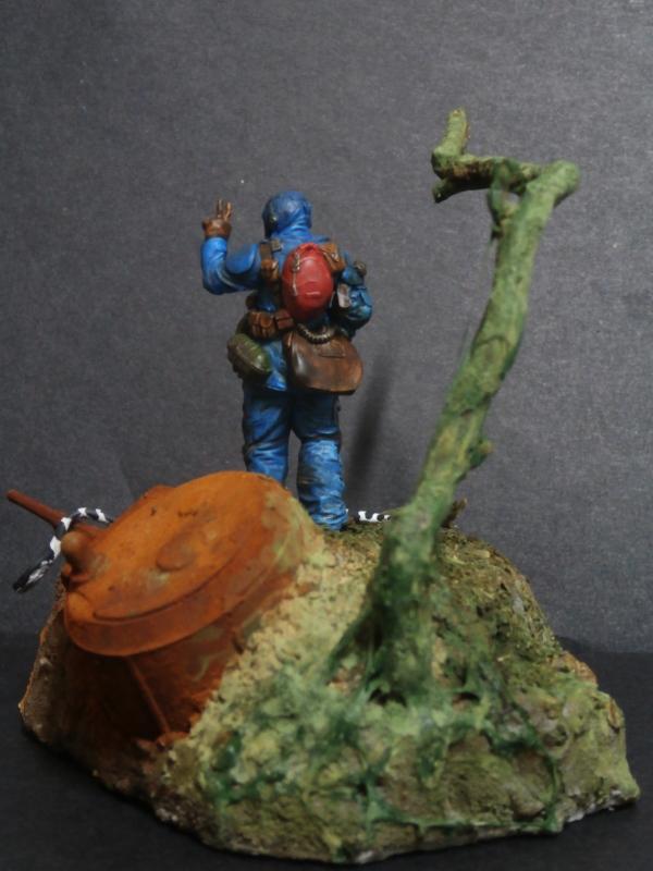 """""""Sniper"""" Figurine Kellerkind Miniaturen 1/35 (FINI) P3110019"""
