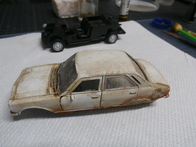 Peugeot 504 abandonnée - diecast Welly (FINI) P3170010