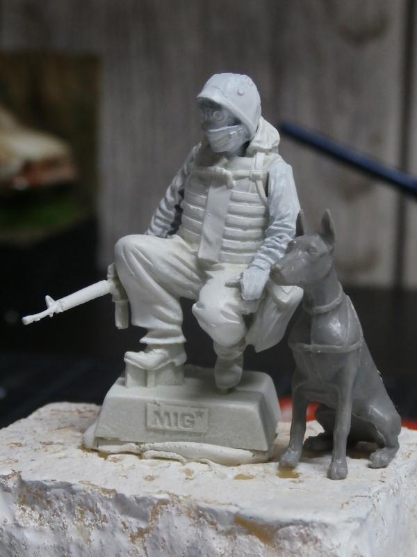 """""""Le guetteur"""" figurine Mig modifiée 1/35 (FINI) P3250010"""