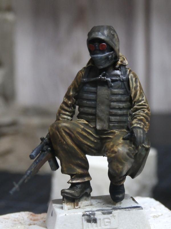 """""""Le guetteur"""" figurine Mig modifiée 1/35 (FINI) P3300010"""