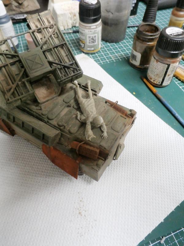 SA-9 Gaskin - Dragon 1/35 - Page 2 P4120015