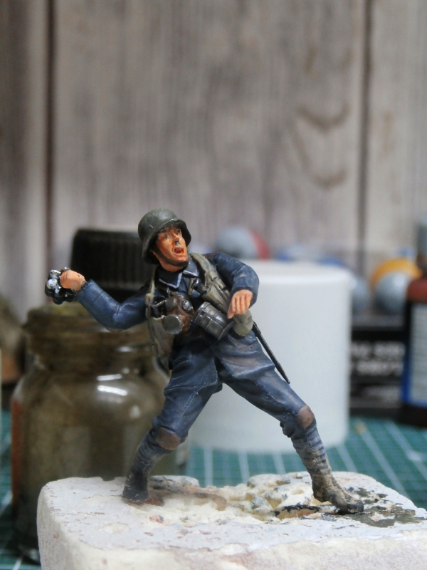 Imperial german army stormtroopers - Figurine Meng 1/35 (FINI) P6070017