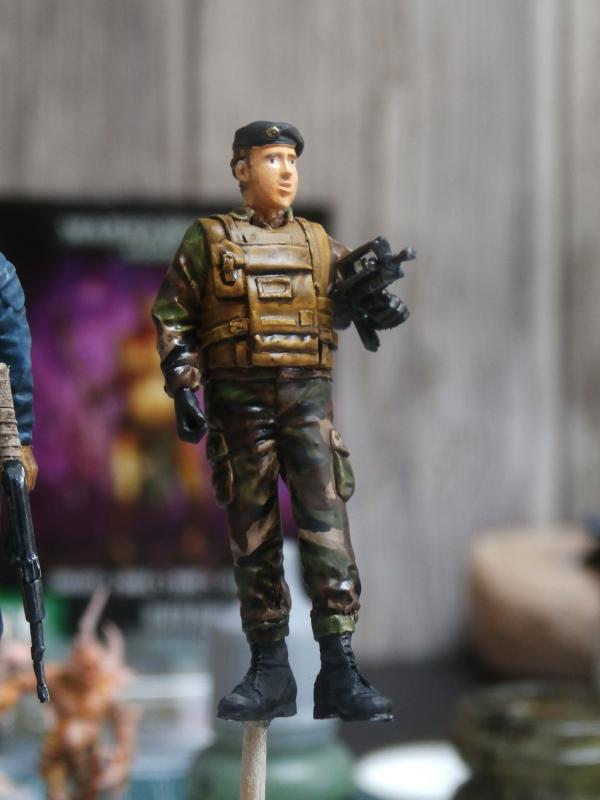 Afghanistan scène 1 - Figurines Djitis Production + figurine Meng 1/35 (FINI) P6140020