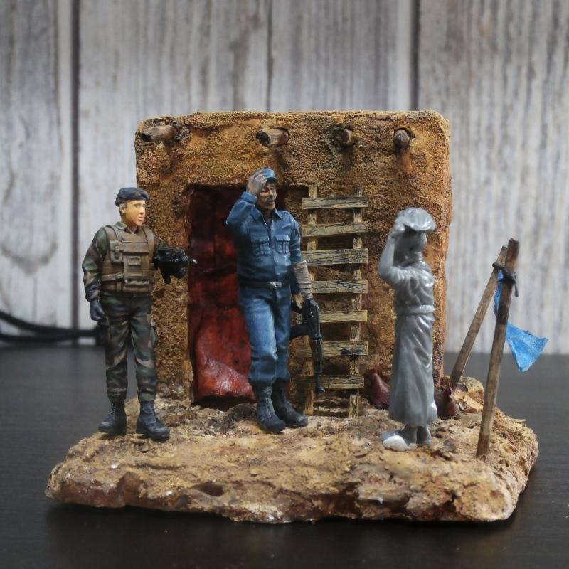 Afghanistan scène 1 - Figurines Djitis Production + figurine Meng 1/35 (FINI) - Page 2 P6180012