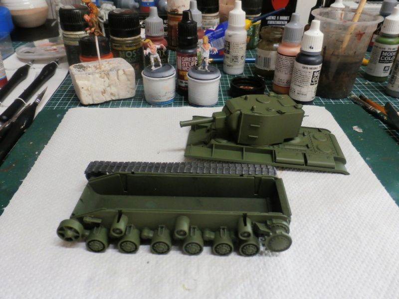 KV-2 Italeri 1/56 + figurine Achtung!Chtulhu 28mm (FINI) P7120010
