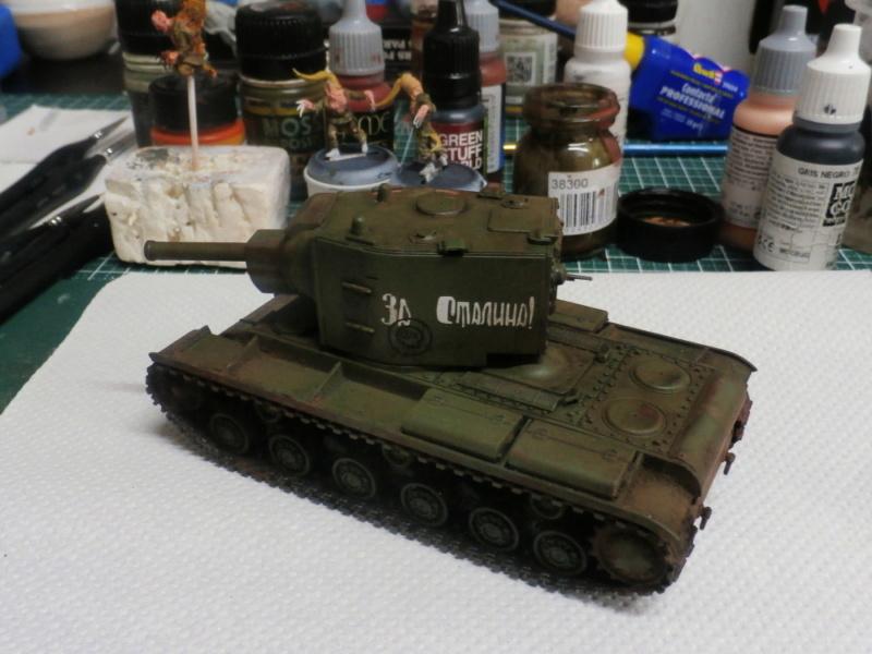 KV-2 Italeri 1/56 + figurine Achtung!Chtulhu 28mm (FINI) P7120012