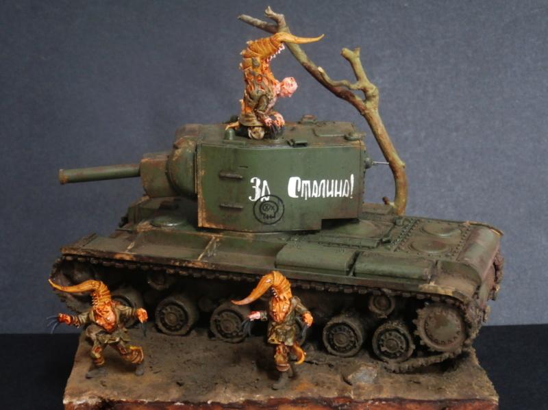 KV-2 Italeri 1/56 + figurine Achtung!Chtulhu 28mm (FINI) - Page 2 P7130018
