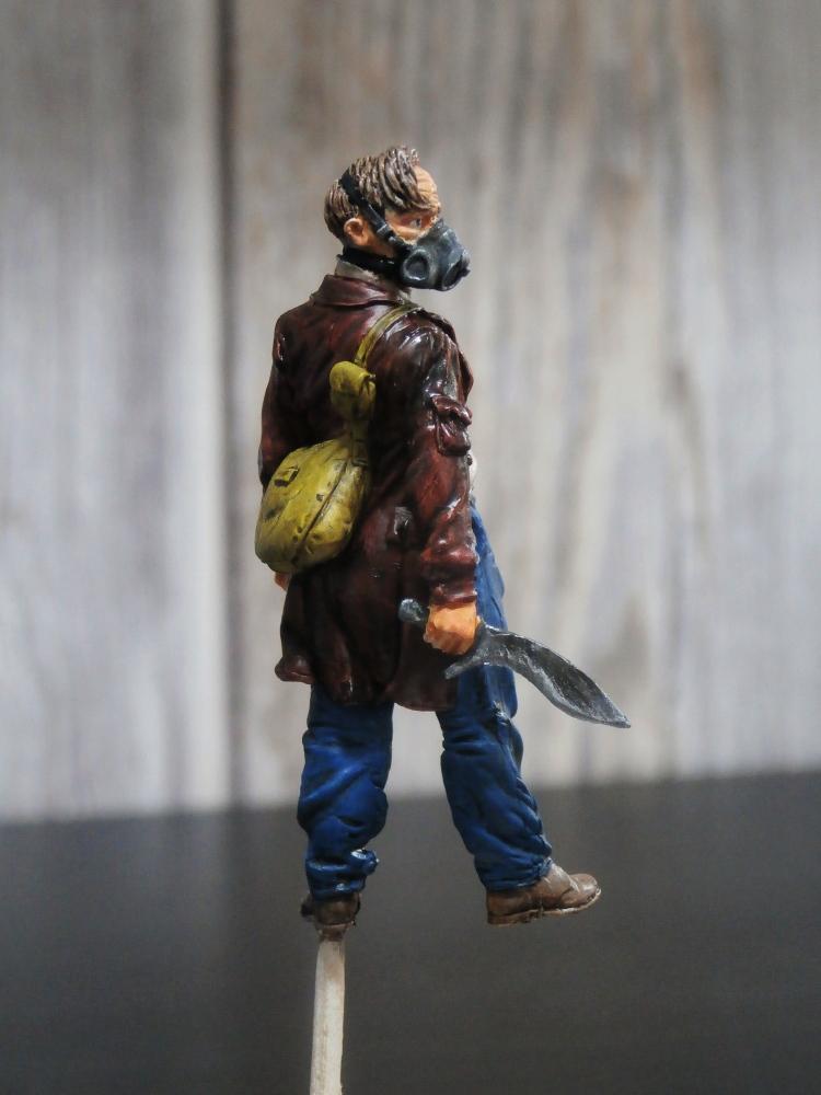 Survivant avec son cheval - figurine Kellerkind Miniaturen - 1/35 (FINI) P7140013