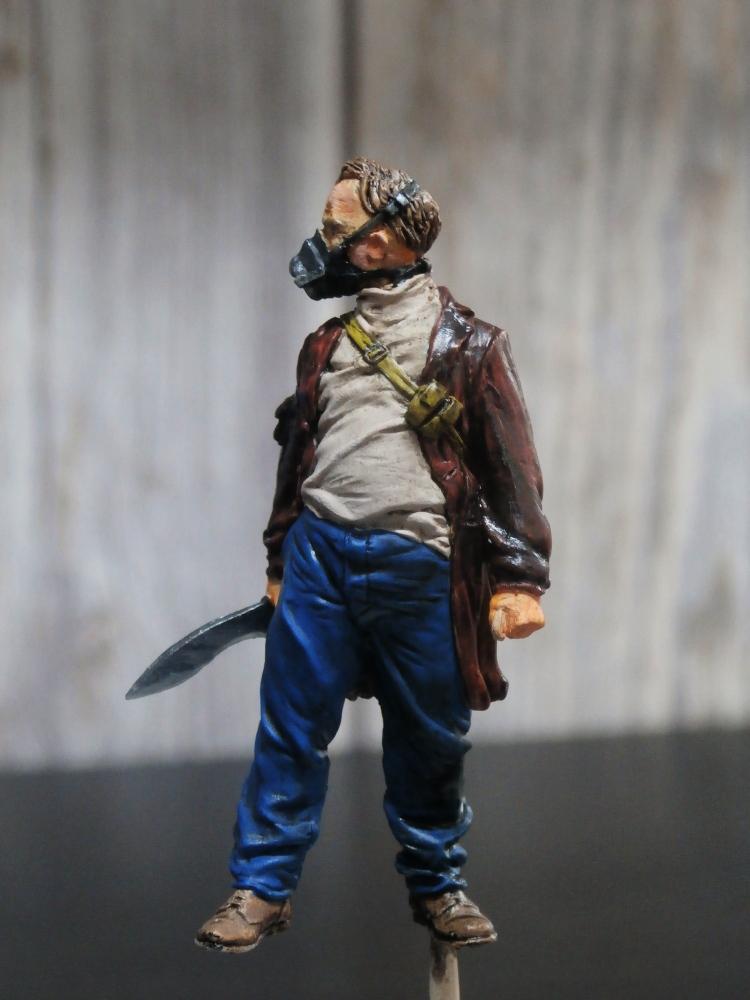 Survivant avec son cheval - figurine Kellerkind Miniaturen - 1/35 (FINI) P7140014