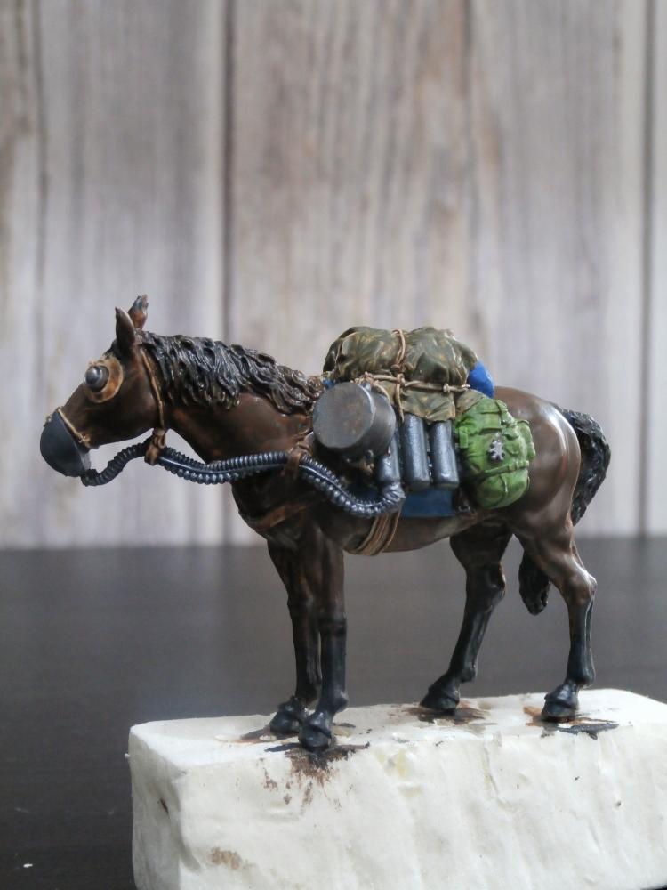 Survivant avec son cheval - figurine Kellerkind Miniaturen - 1/35 (FINI) P7140016
