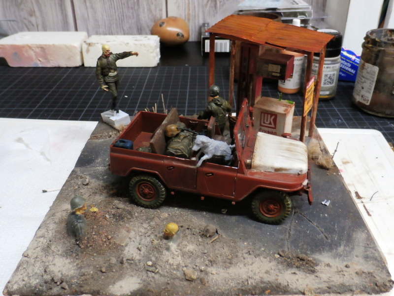 Jeep chinoise BJ212 Trumpeter 1/35 (FINI) - Page 3 P8090010