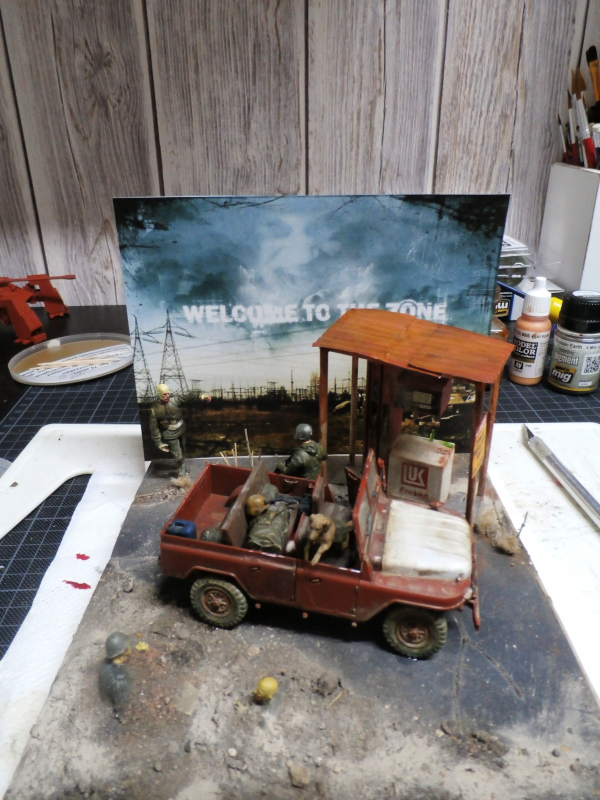 Jeep chinoise BJ212 Trumpeter 1/35 (FINI) - Page 3 P8090022