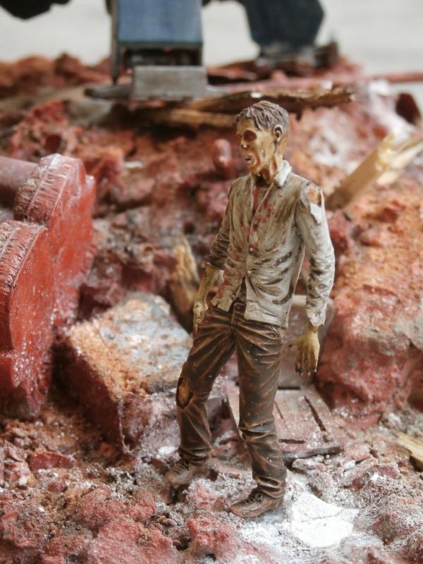 2077 - Zombie extermination - 1/35 scratch (FINI) - Page 3 P8200017