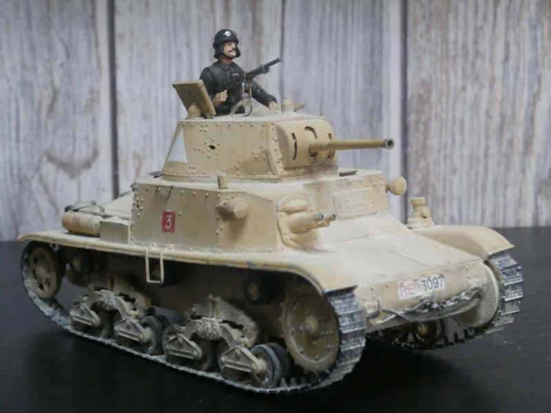 Carro Armato M14/41 Italeri 1/35 (FINI) - Page 2 Pa160011