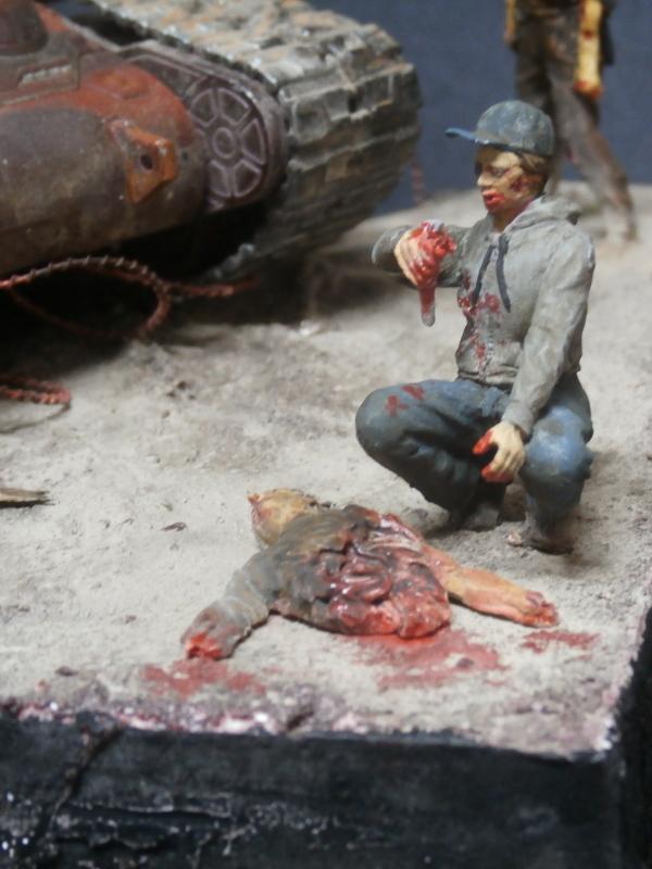 Zombie War scratch 1/35 (FINI) Pa250012