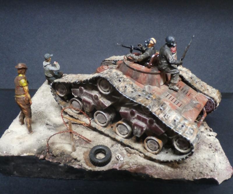 Zombie War scratch 1/35 (FINI) Pa250015