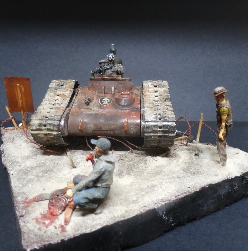 Zombie War scratch 1/35 (FINI) Pa250017