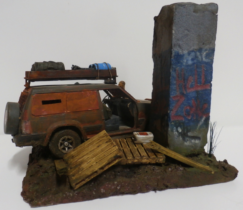 SUV Takom 1/35 (FINI) Pc190015