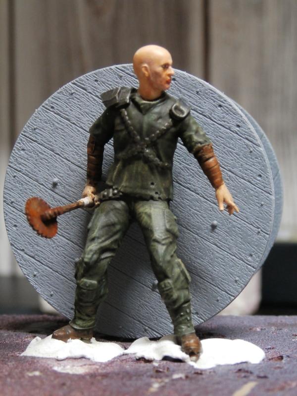 Post apocalyptic warrior - figurine Maim 1/35 (FINI) Pc310012