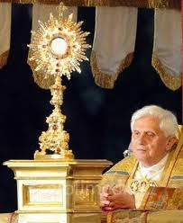 Avez-vous déjà douté de la présence réelle de Jésus dans l'Eucharistie Saint_10