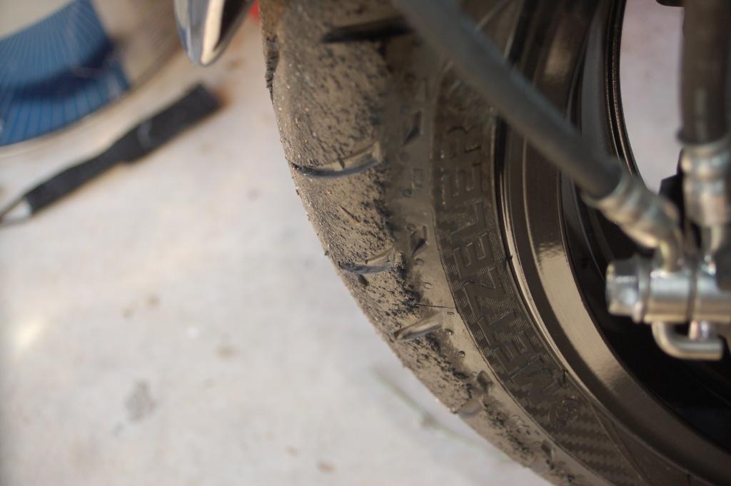pneu arrière rincé - Page 3 Dsc_6512